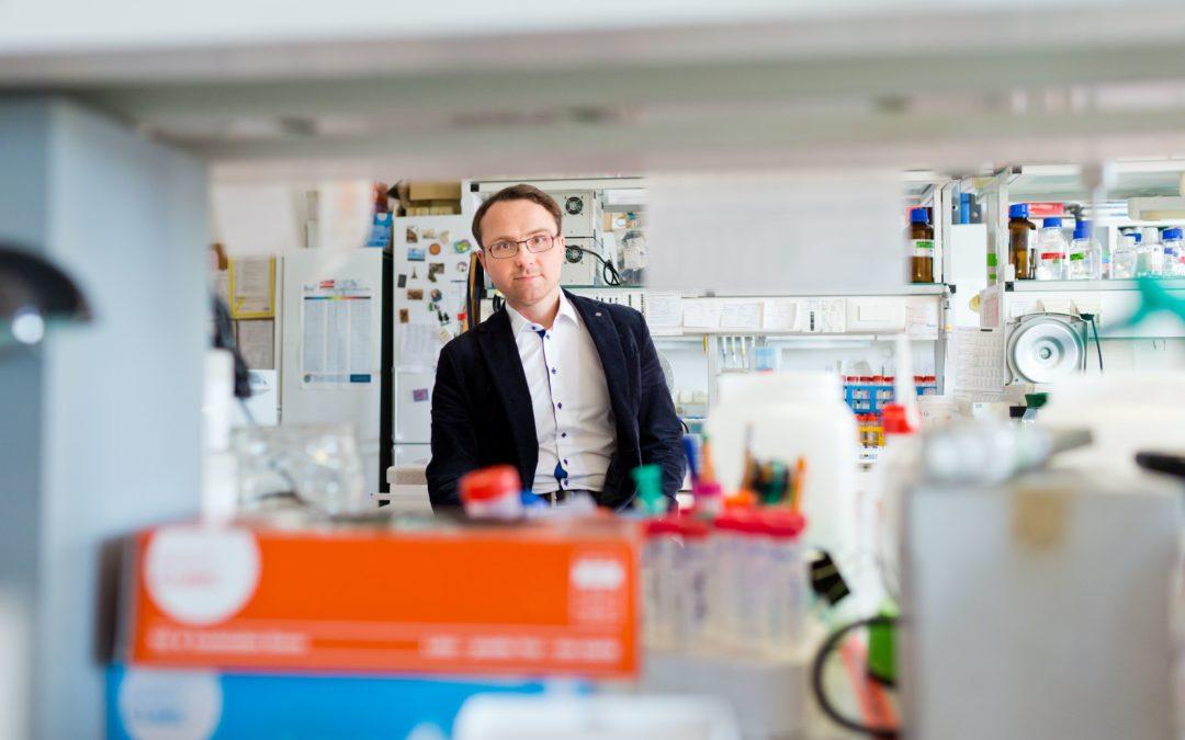 Z cyklu #JestemStartowcem: układanki z RNA. Prof. Janusz Bujnicki