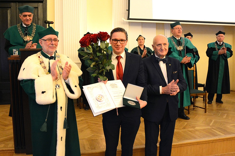 #JestemStartowcem: dr hab. n. med. Michał Grąt z Medalem Młodego Uczonego