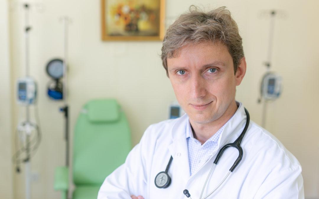 #JestemStartowcem: hematolog i nowy kierownik  Katedry i Kliniki Hematologii, Onkologii i Chorób Wewnętrznych WUM dr n. med. Grzegorz Basak